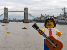 lego-goldman-london-bridge